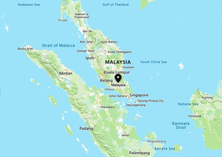 Malaysia Map with Surrounding Countries